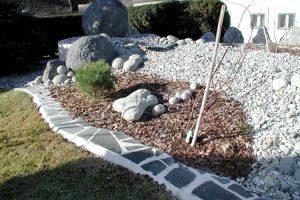 Anlage mit Garten Rinden Dekor