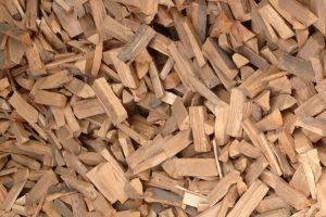 buche-brennholz-scheiter-lager-holz-heckele